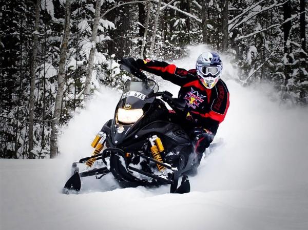 Kini Red Bull Snowmobile Set