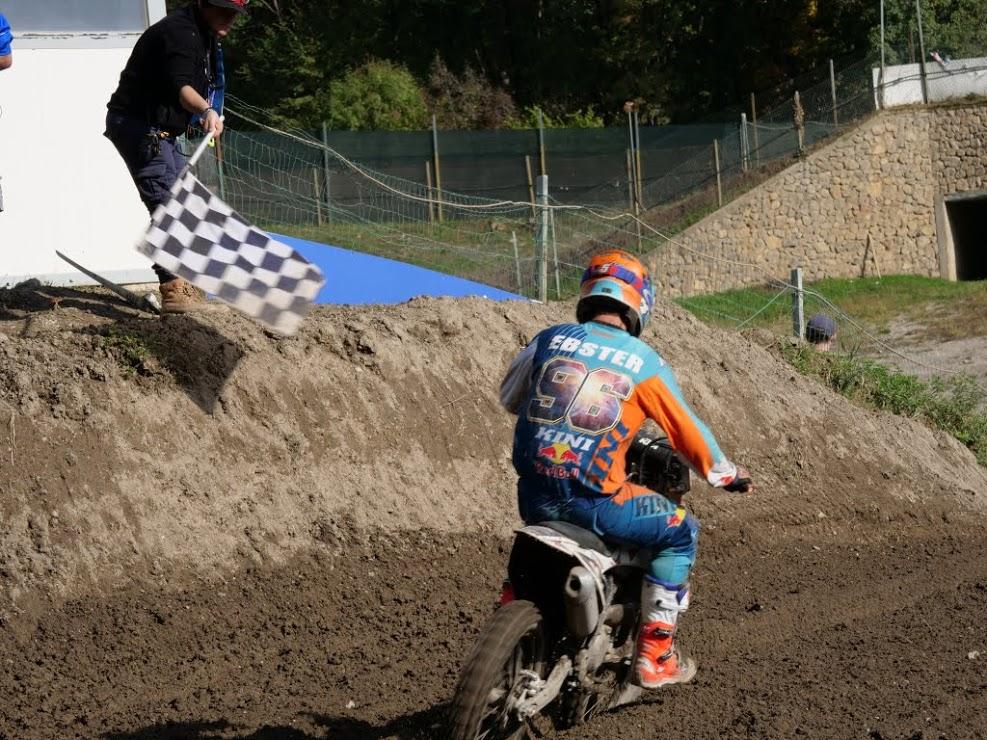 MX Motocross in Action - Kini Red Bull